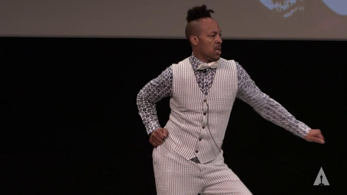 Daylightpeople.com The Choreography of Comedy: d. Sabela Grimes Performs